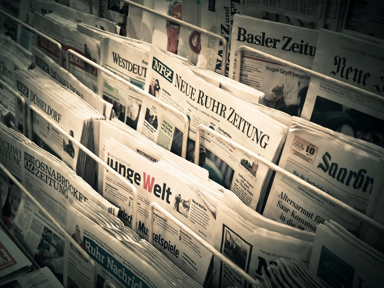 O reklamie w tradycyjnych mediach i jej skuteczności.